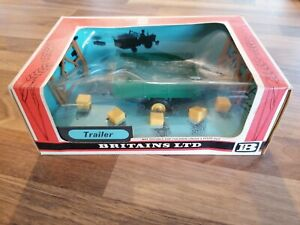 BRITAINS 1970'S, FARM TOYS TIPPING TRAILER 9550 Rare Wheat Chief Type Boxed
