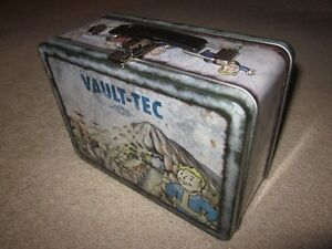 Fallout-3-Collector-Edition-TIN-LUNCHBOX-8x6x4-034-Xbox-360-One-X-PS3-PS4-PC-iii