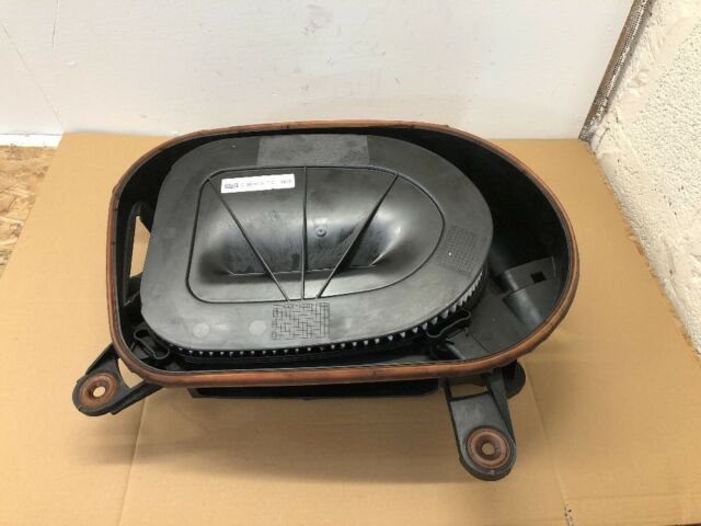 BMW X5 E70 X6 E71 N57 LCI AIR FILTER BOX / INTAKE MUFFLER 7812061
