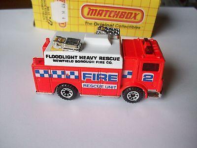 Matchbox Mack Auxiliary Power Fire Rescue Truck Orange MB57 w// box  57K4