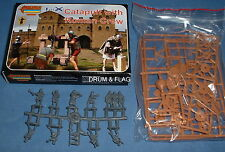STRELETS A 9 - CATAPULT & ROMAN CREW. ANCIENT SIEGE MACHINE. 1/72 SCALE