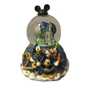 Walt-Disney-Parks-Cinderella-Castle-Music-Box-Snow-Globe-2000-034-Celebrate-Future-034