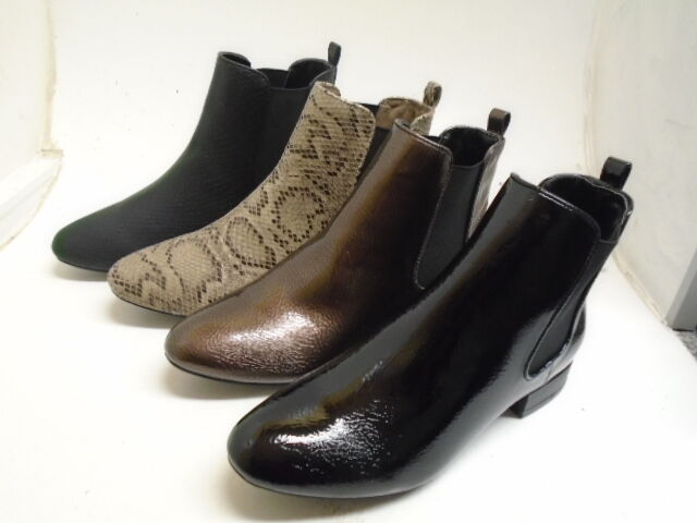 LADIES SPOT ON ANKLE BOOTS F50558