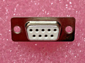 50-X-D-Sub-9-way-Female-Solder-Cup-5501-9SA-02