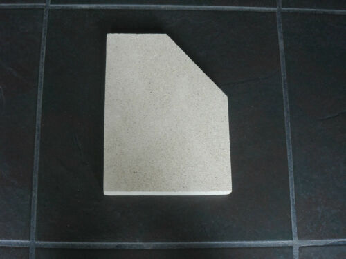 2 x Vermiculite Fire Brick Replacement 200mm x 250mm x 25mm DIY cut to size x 2