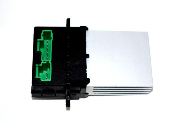 HELLA Nebelscheinwerfer links für MERCEDES-BENZ T2//LN1 1ND 122 390-001