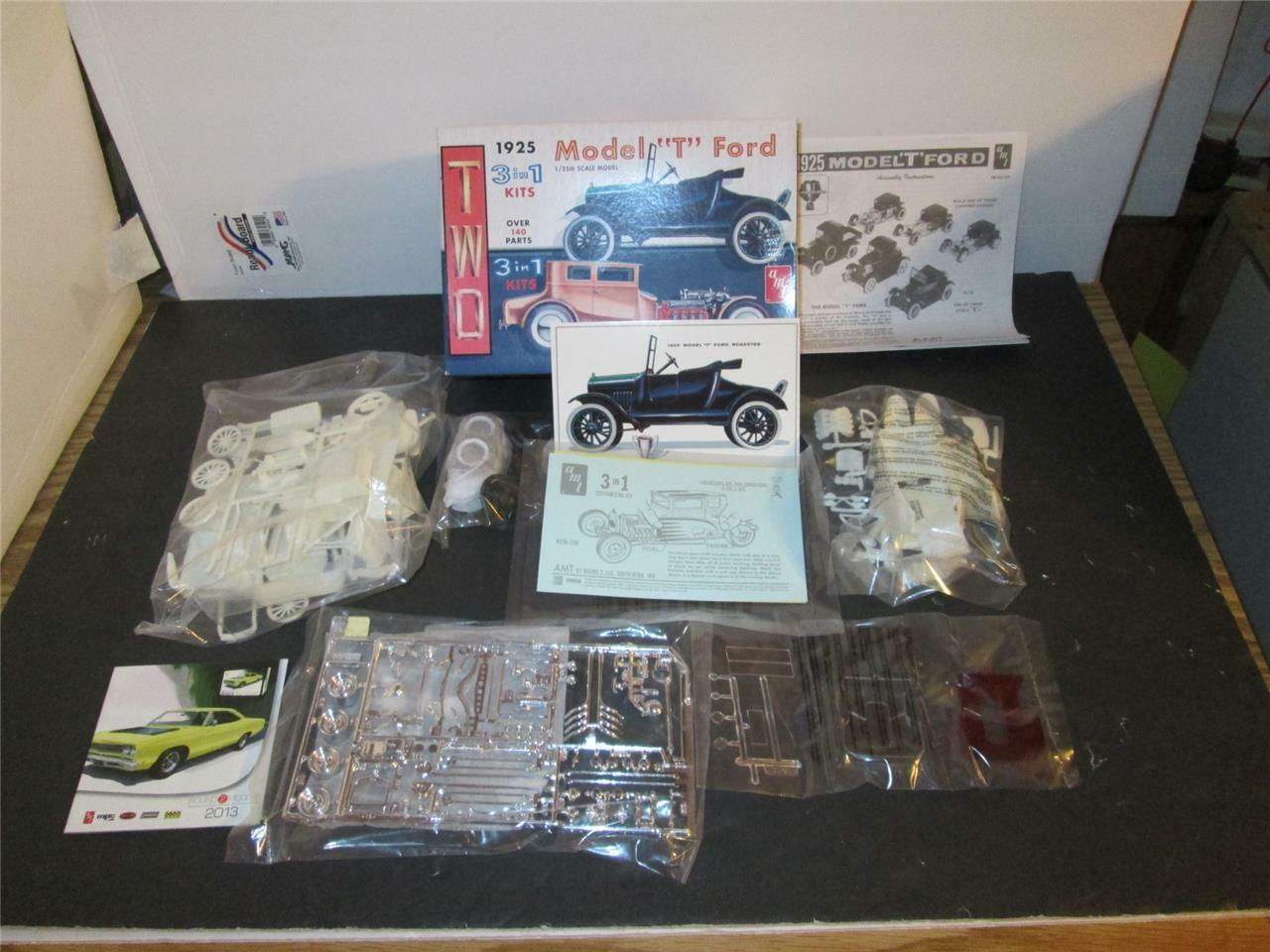 AMT 1 25 Model  T  Build 2 complete cars 3 n 1 Open Box New