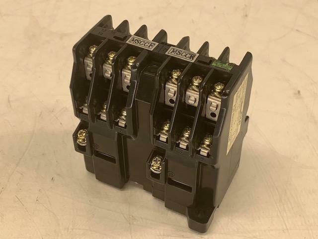 New Fuji SRC3938-06M Electric Reversing Magnetic Contactor