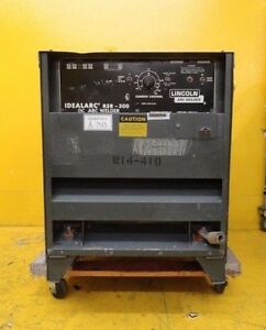 Lincoln-Electric-R3R-300-DC-Arc-Welder-Idealarc-Used-Working