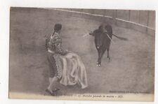 Corrida de Toros Matador Pasando de Muleta Spain Vintage Postcard 480a