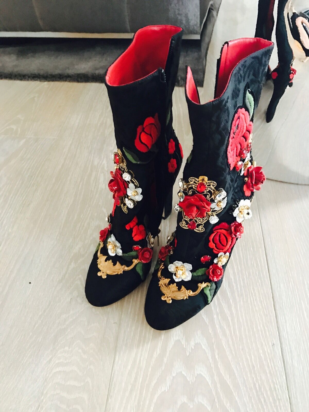DOLCE & GABBANA Shoes Leather Roses Crystal Brocade Heel Boots EU40/us9