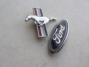 NEW OEM Genuine Ford Pony Mustang Fender Emblem RH Side 1994-1998 YR3Z16228AA