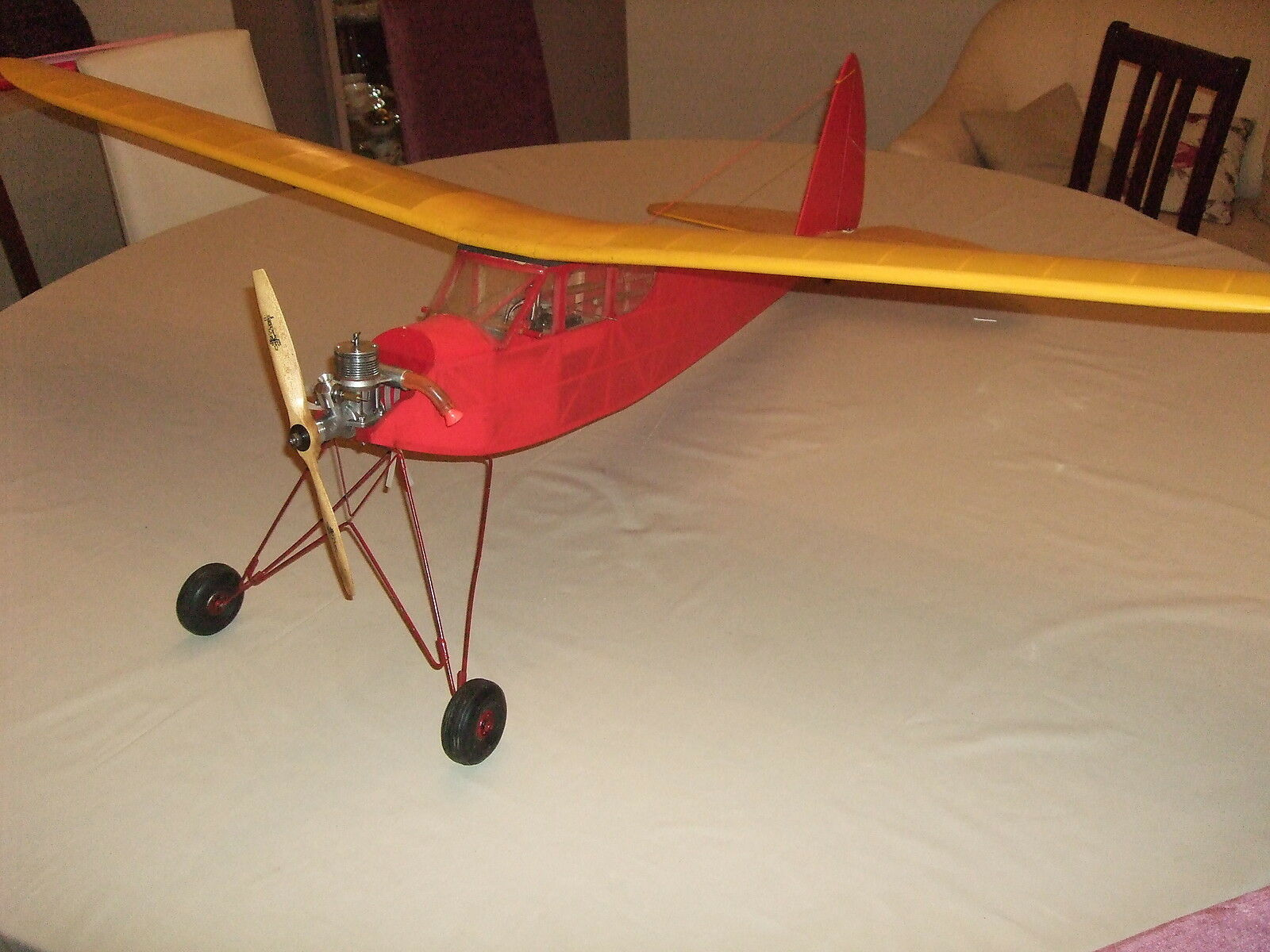 RC Radio Controlled Vintage Aeroplane Aircraft Quaker Flash with Paw Diesel Used