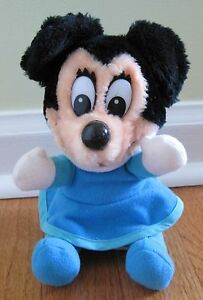 Mickeys Christmas Carol Minnie.Vintage Disney Mickey S Christmas Carol Plush Toy Doll