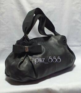 SALVATORE-FERRAGAMO-Vara-Bow-Black-Leather-Shoulder-Bag