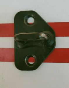 GENUINE-FORD-SX-SY-TERRITORY-Front-Doors-STRIKER-PLATE-LATCH-LOCK-CATCH
