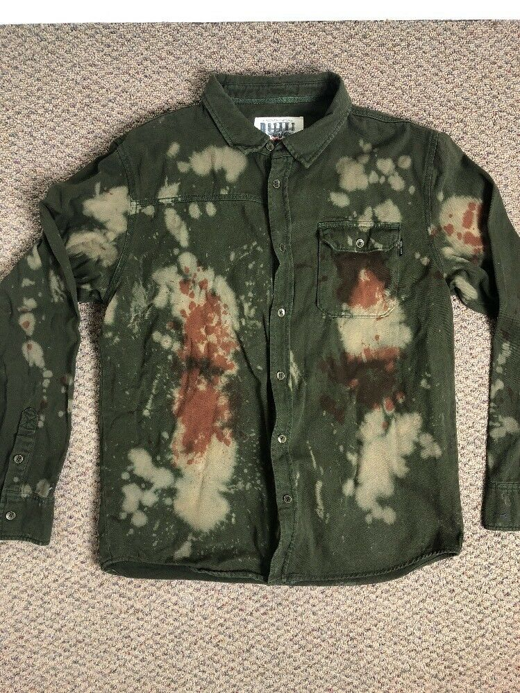 8ighth Dstrkt Shirt Mens XLarge Military Camo Button Front Distressed