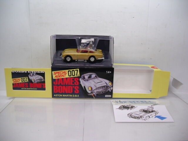 Corgi James Bond Aston Martin  DB5 rare or version CC04204G  produit de qualité