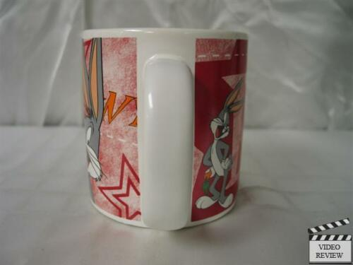 Bugs Bunny mug; Applause; ceramic; dishwasher and microwave safe; cup breakable
