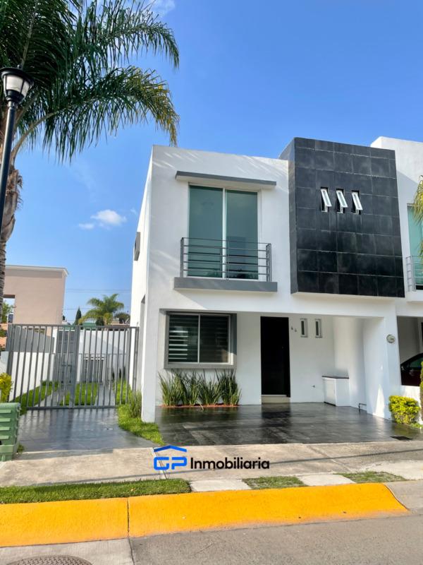Vende casa en Rinconadas del Valle