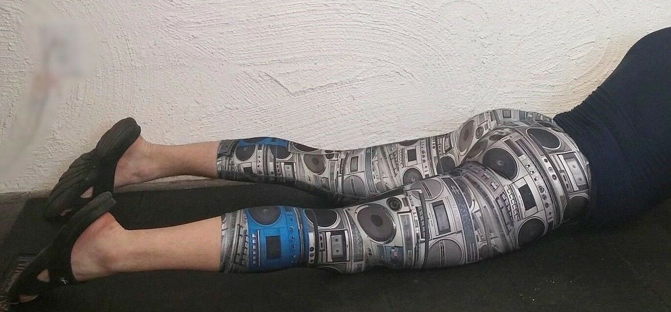 Printed Tights STEREO 3/4 COMPRESSION SPANDEX CROSS-FIT Training Pants STEREO Tights NWT 1ff337