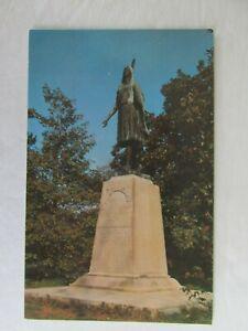 F107-Vintage-Postcard-Pocahontas-Jamestown-VA-Virginia-Statue-Indian-princess