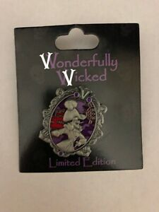 Wonderfully-Wicked-Collection-Captain-Hook-Frame-LE-3000-Disney-Pin-109746