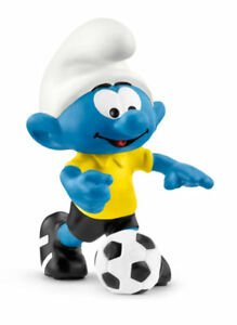Soccer-Smurf-with-Ball-20806-Plastic-Figurine-2018-Smurf-Football-Set