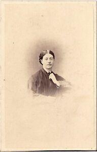 James-Mudd-CDV-photo-Damenportrait-Manchester-1860er