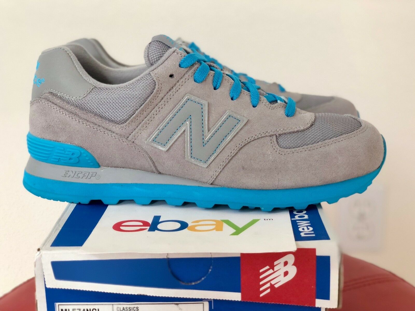 DS Mens New Balance 574 gris SUEDE Talla 9.5-10.5 light azul classics tradition D