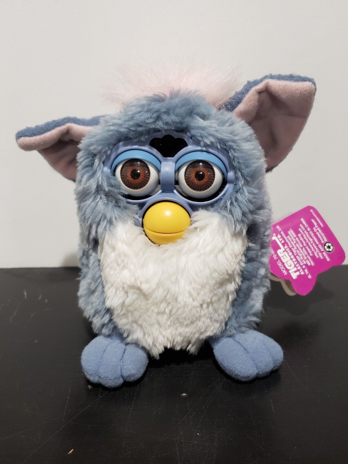 1999 Tiel bluee Furby Babies Baby Pink Hair with Hazel Eyes Working Very Rare NWT