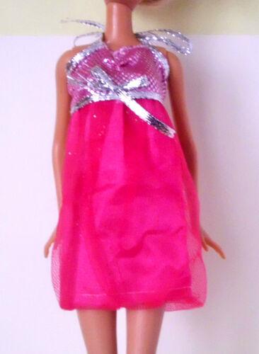 Schleife °° Barbie & Co Neckholder °° Kleid silber pink