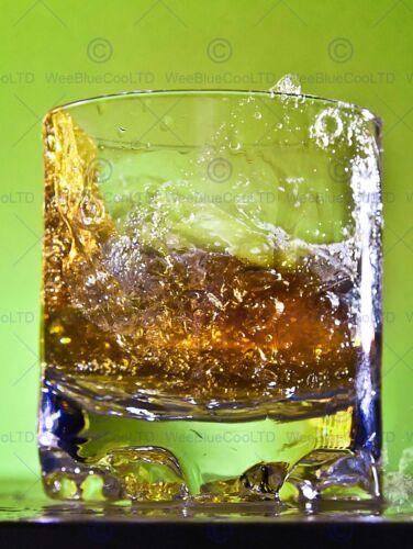 WHISKEY BAR DRINK GLASS ALCOHOL HIGH SPEED GREEN PHOTO ART PRINT POSTER BMP927B