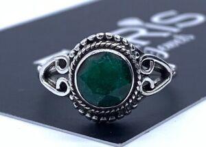 Elegant-Designer-925-Sterling-Silver-Ladies-Emerald-Round-Ring-Green-Gemstone
