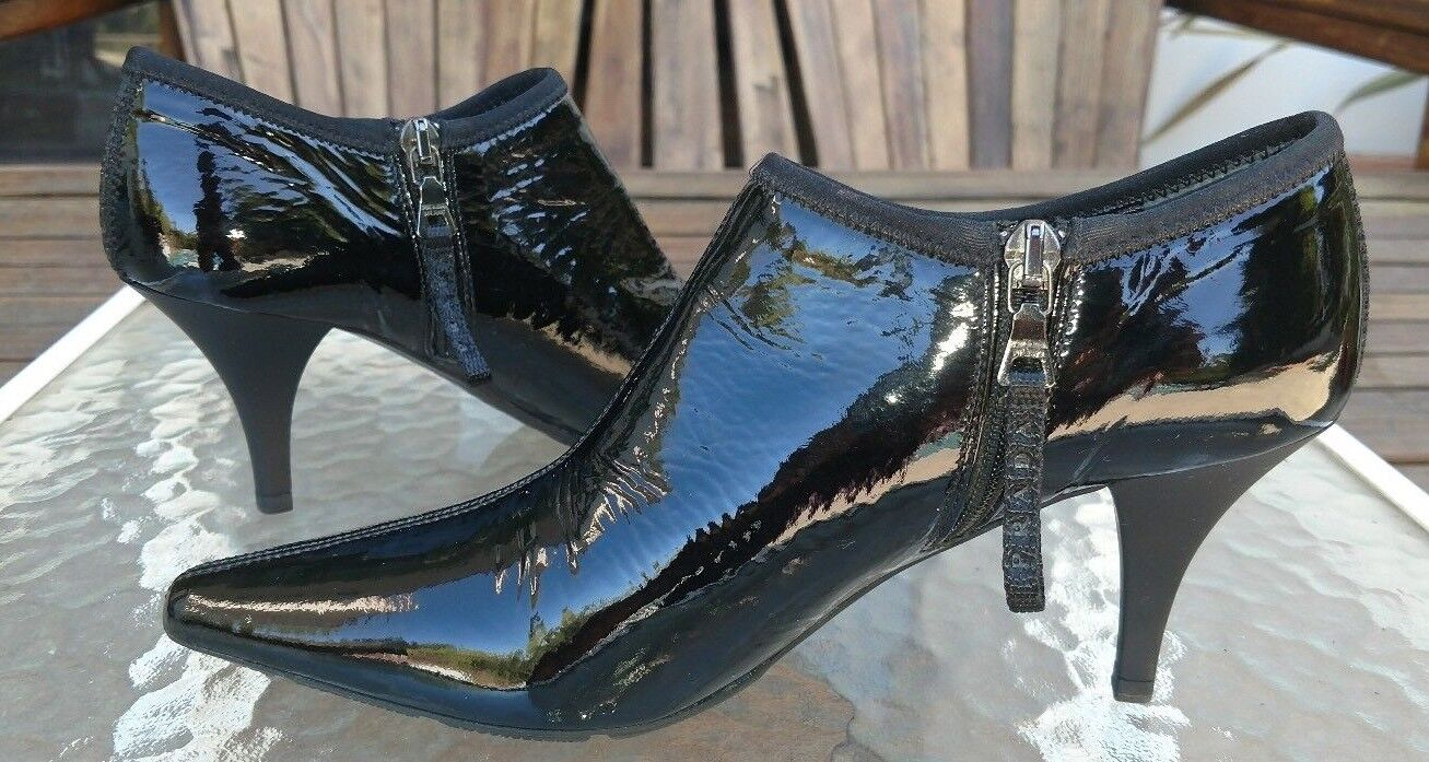 PRADA PATENT LEATHER BOOTIES WOMENS SIZE 5