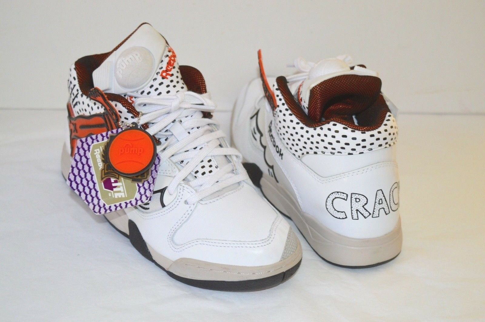 New DS Reebok Court Victory Pump Keith Haring  Crack is Wack  sz 7.5 White Art