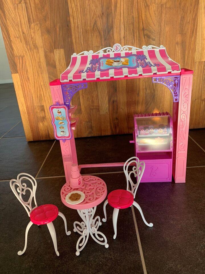 Barbie, Café