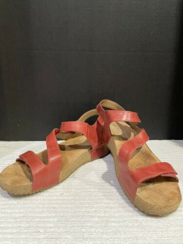 Josef Seibel Tonga  Womens Strappy Sandals In Red - image 1