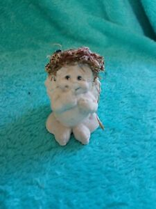 Collectible-DREAMSICLES-1997-Baby-ANGEL-CHERUB-Finger-in-Mouth-SITTING-DOWN