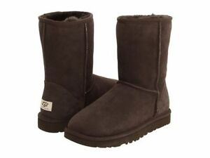 c6cf3cb8a24 Details about Ugg Classic Short Boots Mens Mens 5800-CHO Chocolate Boots