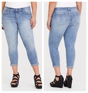 3c2e7a92ccb Image is loading Torrid-Cropped-Sophia-Rapids-Skinny-Jeans-Light-Wash-
