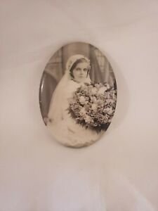 Early-1900s-Celluloid-Photo-Hand-Pocket-Mirror-Young-Woman-Vintage
