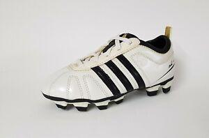 Adidas Fußballschuhe adiNova, Gr.: 35