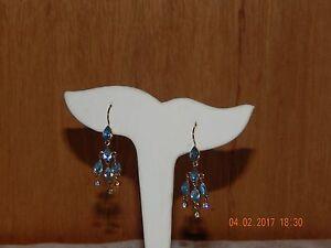 Gold-Tone-Liz-Claiborne-LC-Signed-Pierced-Earrings-Dangly-Rhinestone
