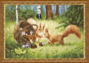 Puntada-cruzada-contada-Kit-ardillas-Bosque-Setas-por-Golden-Fleece