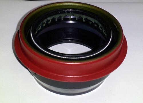 GM 12478093 Seal Transfer Case//Transfer Case Output Shaft Seal