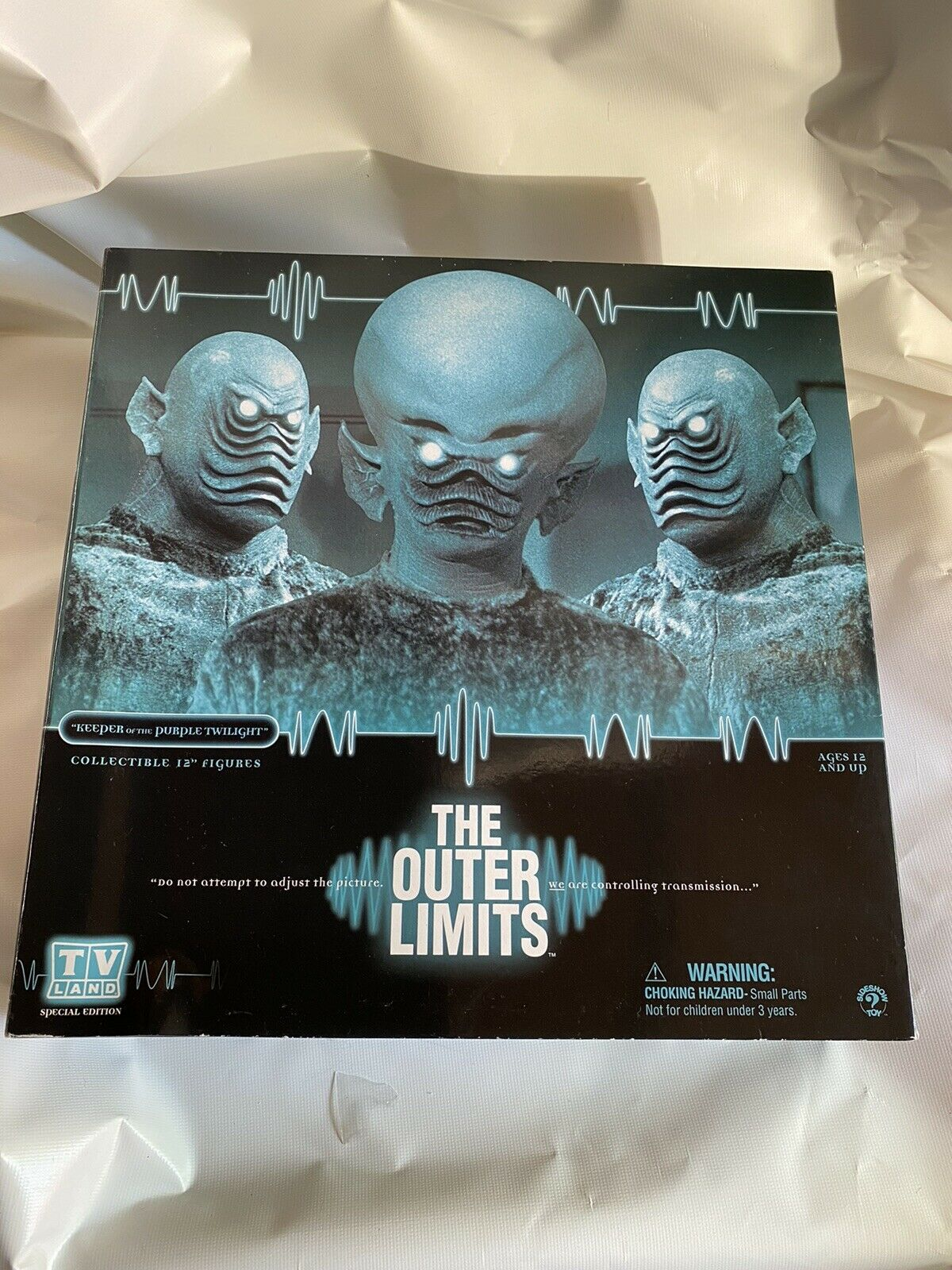 The outer limits sideshow collectibles 1/6 scale limited ex, 12 inch on eBay thumbnail