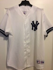 big sale 53c75 e57ae Details about New York Yankees Jersey Vintage 90s Majestic White NY Yankees  Rare Mens XL