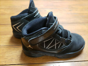c0e49654bb61c0 NIKE AIR JORDAN SIZE 10C Black Silver Kids Shoes Toddler Flight The ...
