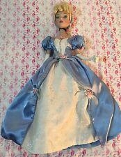 Disney Princess Cinderella Reflections Collection Porcelain Doll Brass Key B6